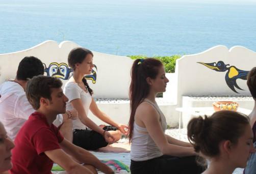 Lezione di Kundalini Yoga al Circeo